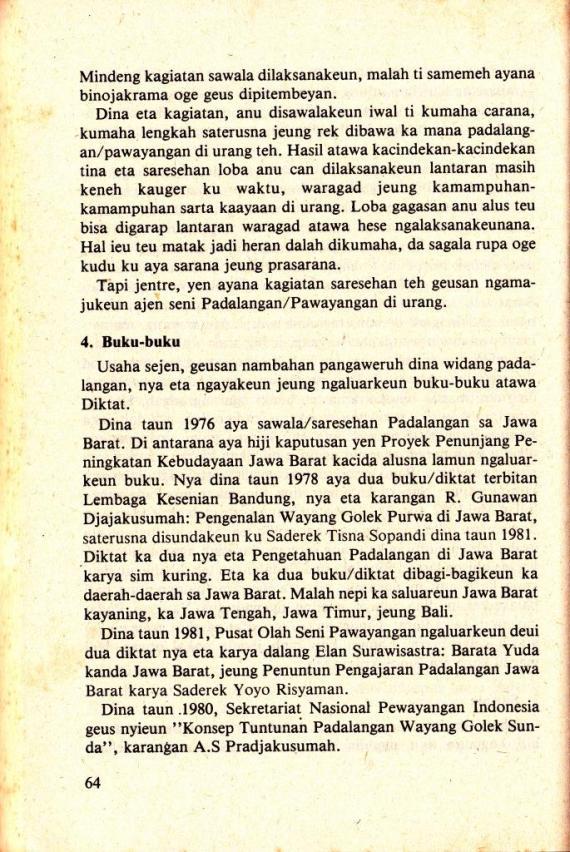 Buku-buku pedalangan wayang golek Sunda.
