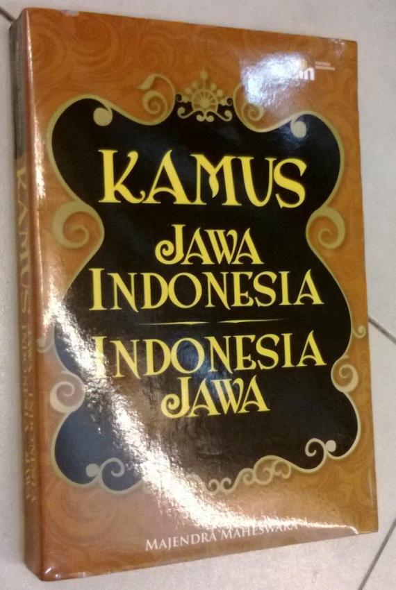 Buku Kamus Jawa-Indonesia, Indonesia-Jawa disusun oleh Majendra Maheswara.